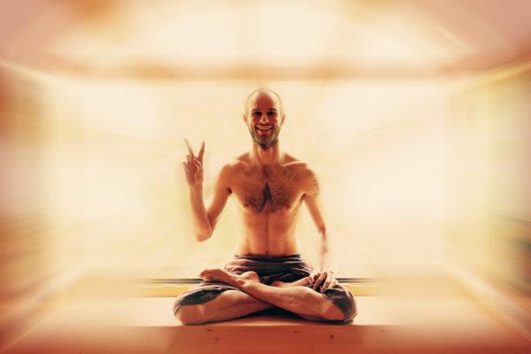 Vinyasa jóga ve vás rozproudí energii a dostane vás do potřebného klidu. Foto: Radoslav Sládek