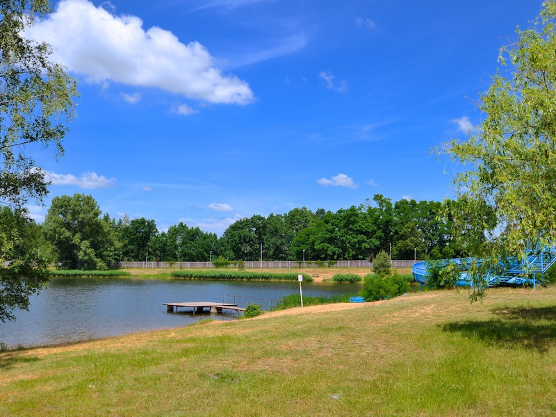 Kemp a chaty Stříbrný rybník
