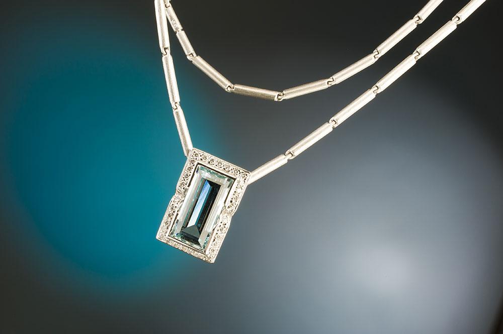 Esterstyl - Přívěsek s akvamarínem a diamanty