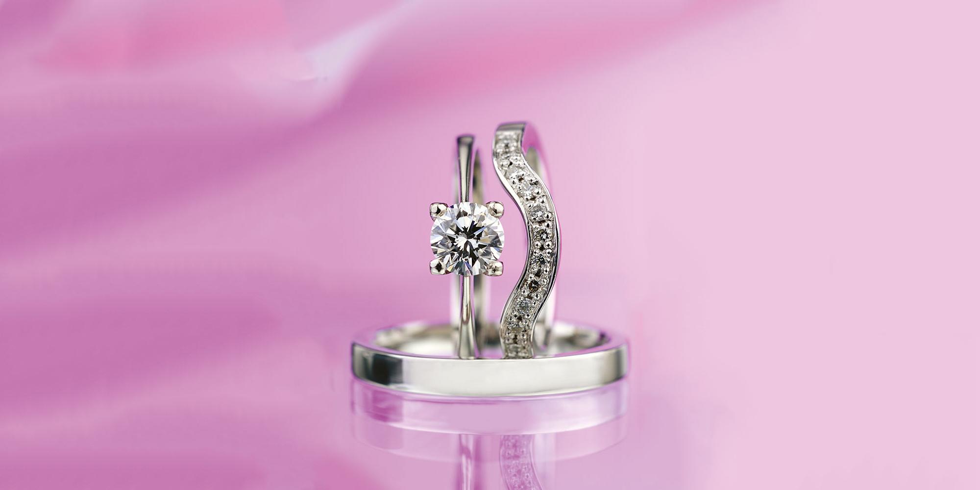 Esterstyl - svatební sada zásnubního a snubního prstenu z bílého zlata s diamanty