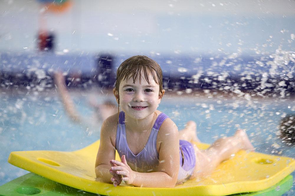 Příměstské tábory zaměřené na plavání pořádá Baby Club Juklík