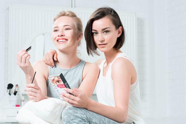 Barvení řas a obočí zvládnete doma za 3 minuty! Foto: www.beautylash.cz