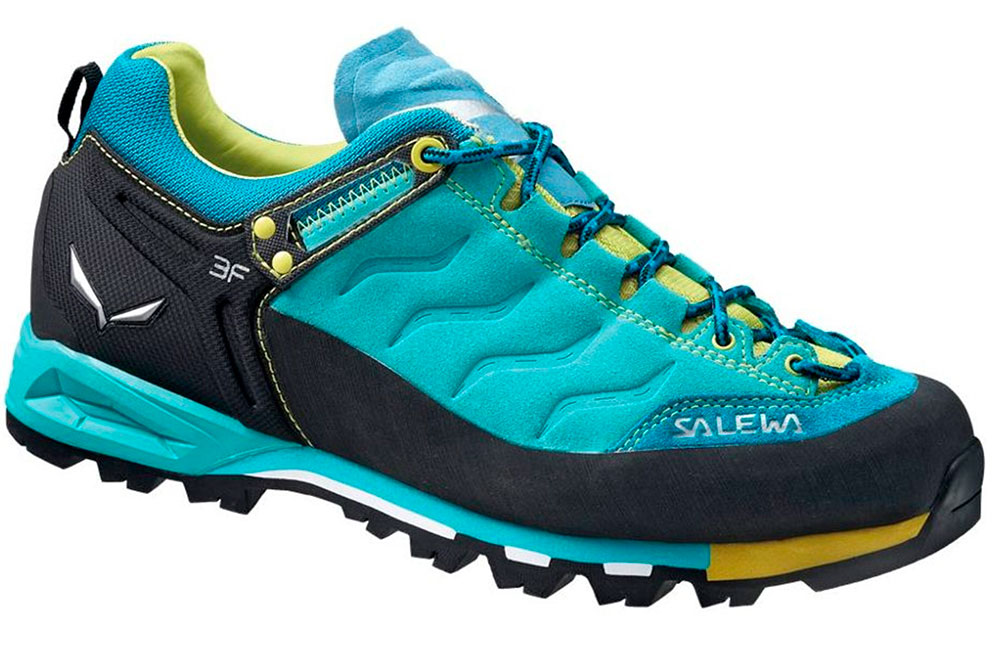 Chystáte se do přírody  Nepodceňte výběr obuvi  1c5e7b5067