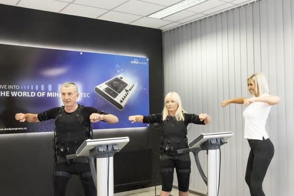 Cvičební metoda EMS funguje na principu slabých elektrických impulzů. Foto: www.bodyexpres.cz