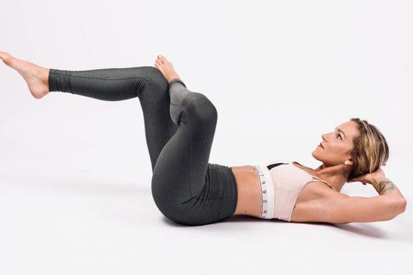 Metoda Fit Pain Free je jednoduché izolované cvičení, které se zaměřuje na jednotlivé svaly. Foto: www.fitpainfree.com