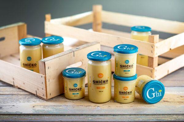 Ghí, neboli přepuštěné máslo, je skvělý nosič chutí, vůní a specifických účinků koření a bylin. Foto: www.ceskeghicko.cz