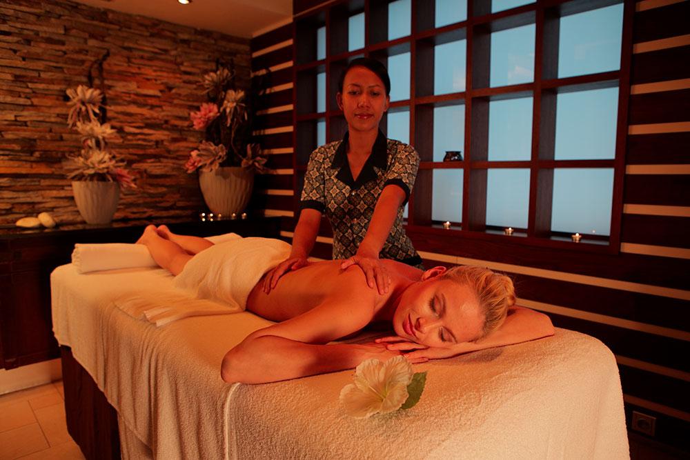 Thajská olejová masáž hotel Lanterna