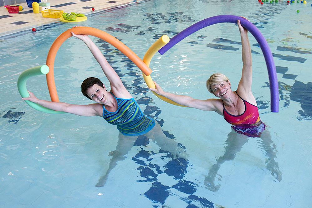 Cvičení ve vodě v Baby Clubu Juklík