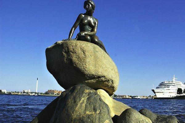 Koupání s Malou mořskou vílou v Kodani bude velkým zážitkem. Foto: Jitka Kurellová