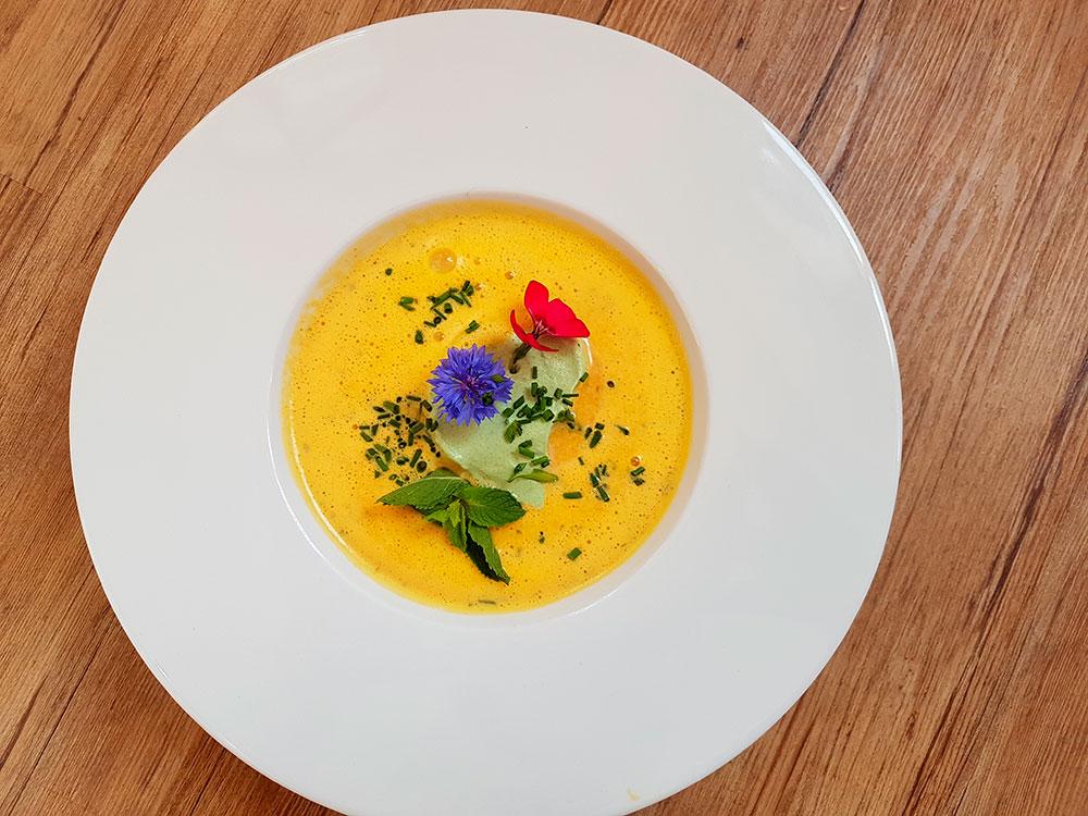 Mrkvová polévka s citrusy