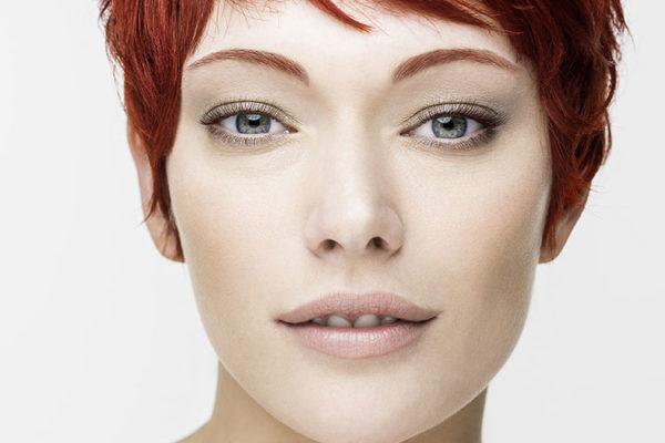 Dnešní trend je sladit barvu obočí s barvou vlasů. Foto: www.refectocil.cz