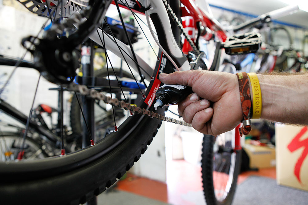 Servis kola Ski a Bike Centrum Radotín