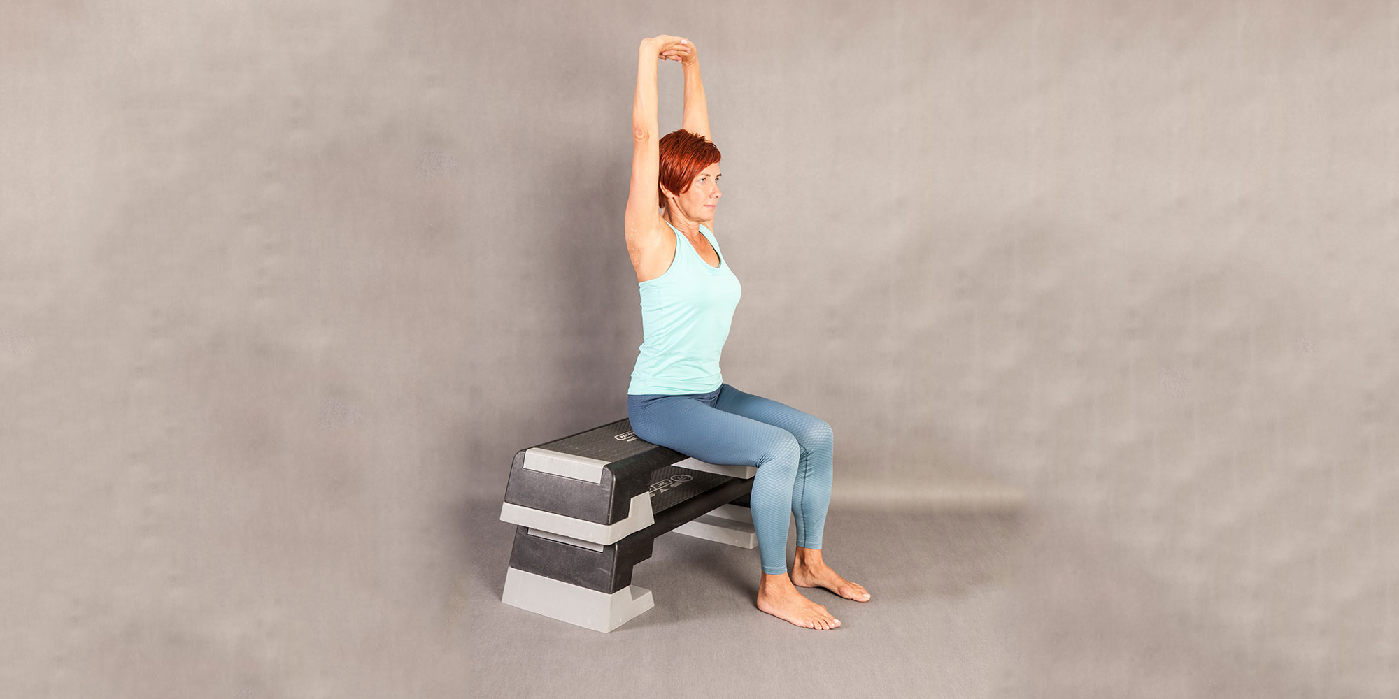 Fit pain free - Sitting Overhead Extension Up and Down pozice 2