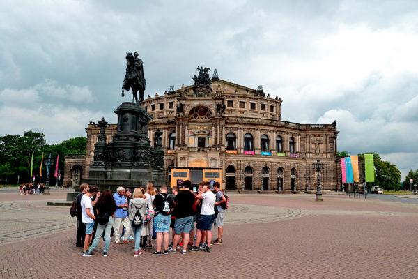 Lidé s Kristýnou zdarma cestují po Evropě a získávají nové přátele. Foto: www.eurolines.cz