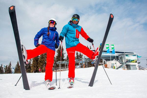 Se správnou výbavou může zábava na sněhu začít. Foto: www.4camping.cz