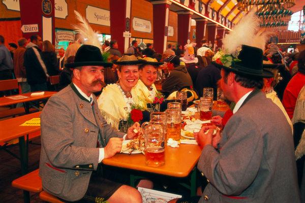 Největší pivní festival světa. Foto: www.eurolines.cz